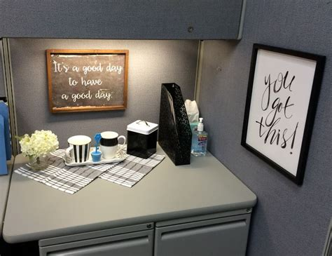 office decor ideas for work best 25 cubicle ideas on decorating work
