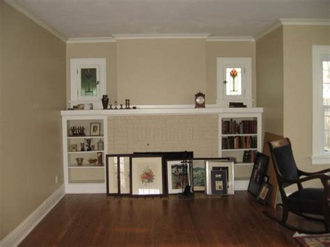 paint colors for living room with wood floors living room choosing a paint color for living room with