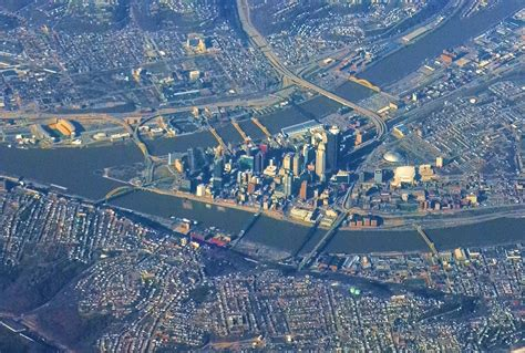 from up above file pittsburgh from above jpg wikimedia commons