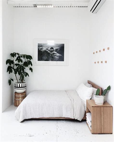 bedroom minimalist 25 best ideas about minimal bedroom on