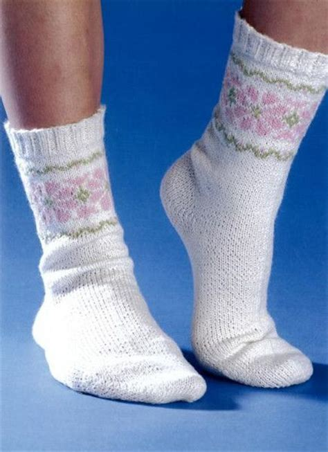 sock knitting loom 101 best images about loom knit socks on