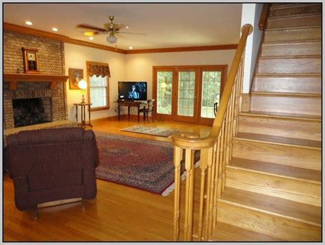 paint colors that go with oak floors best paint colors with oak trim to create feel in