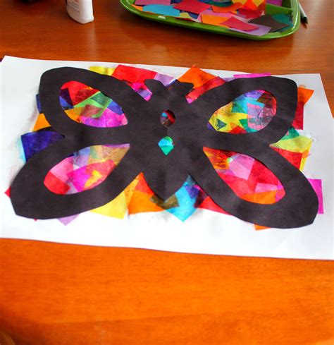 paper butterfly craft ideas tissue paper butterflies butterfly crafts literacy and math