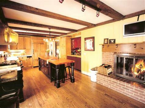 kitchen flooring design ideas kitchen flooring ideas pictures hgtv
