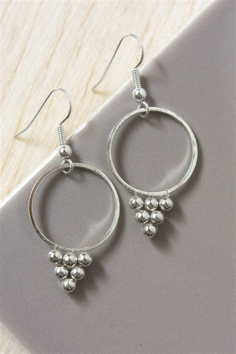 diy beaded earrings tutorial silver bead earrings diy