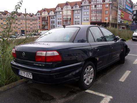 view of opel omega 2 5 d photos features and