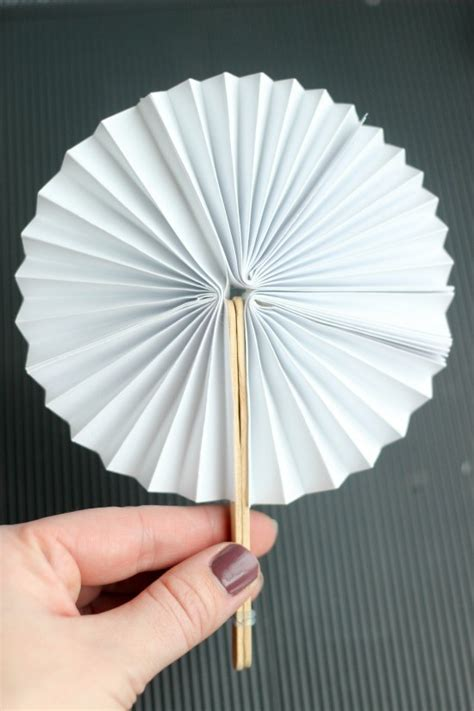 paper craft fan diy new year fans
