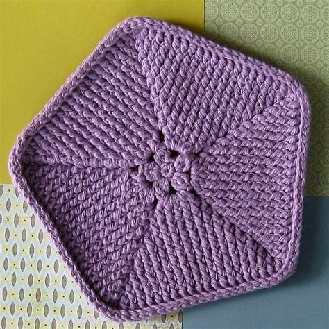 knitting shapes 17 best images about crochet shapes pentagon on