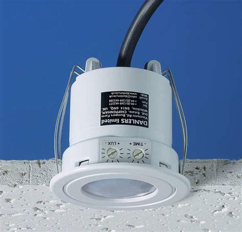 bathroom light sensor switch ceflpirs splashproof flush mounted pir occupancy switch