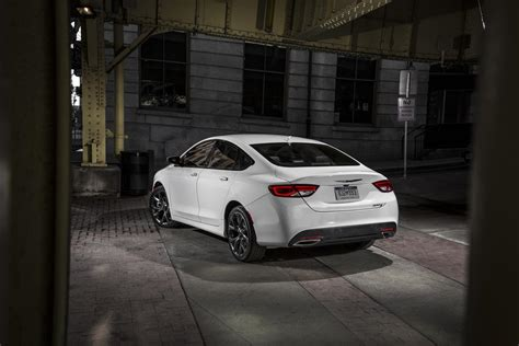 2015 Chrysler 200c Awd Review by 2015 Chrysler 200c Awd Slide 3 Slideshow From Pcmag