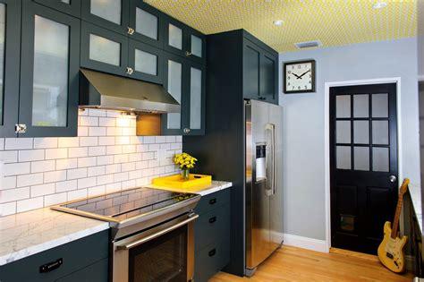 kitchen color design ideas 20 best paint colors for kitchens 2018 interior decorating colors interior decorating colors