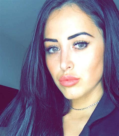 marnie simpson height weight body measurements celebrity