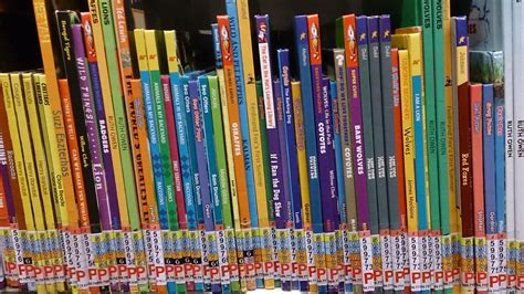 large picture books file children s books at a library jpg wikimedia commons
