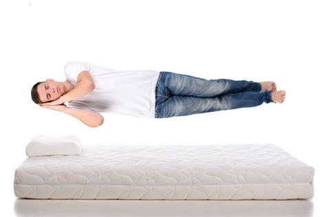 que es mejor colchon de latex o viscoelastica colchones de l 225 tex para dormir mejor crea espai