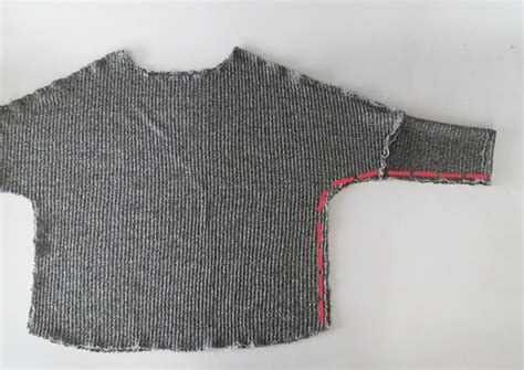 sewing a knitted sweater together how to sew a pretty sweater using knit fabric ohoh