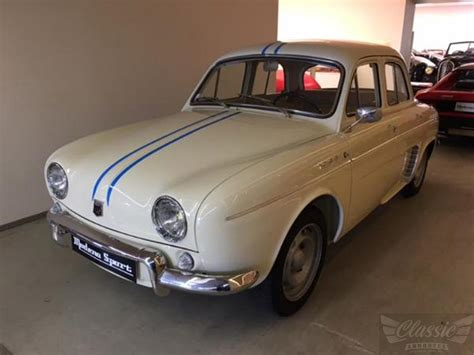 Renault Dauphine by Renault Dauphine 1093 Classic Racing Annonces