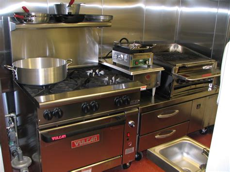 small restaurant kitchen design mise design