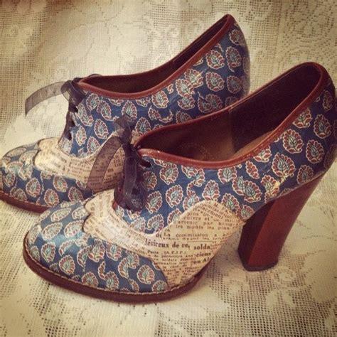 decoupage on shoes 1000 ideas about decoupage shoes on decoupage