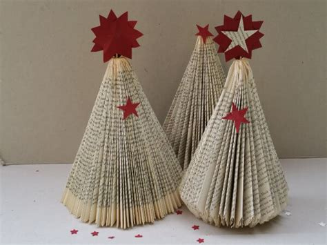 bastelanleitung weihnachtsbaum diy weihnachtsbaum aus buch falten handmade kultur