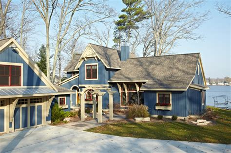 exterior paint colors lake house pentwater lake cottage exterior grand