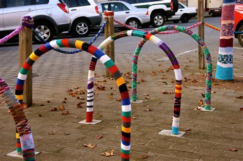 knit bombing yarn bomb bike yarn bombing