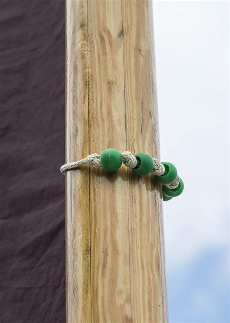 bead mast modifications to moth