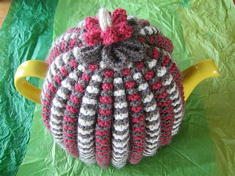 knitting patterns for tea cosies free 9 lovely knitted tea cosy patterns