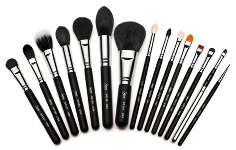makeup brushes about town how to clean your makeup brushes