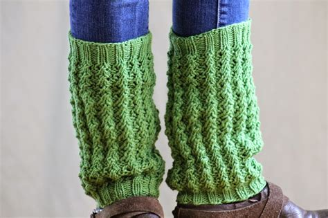 how to knit leg warmers two dozen more legwarmers to knit free patterns