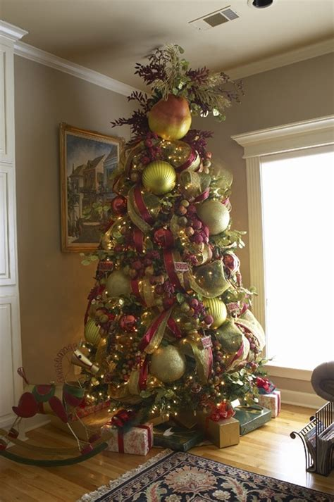 tree with big ornaments 17 best images about trees on