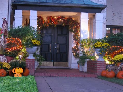lawn decorations outdoors outdoor decorations and lawn care marketing idea