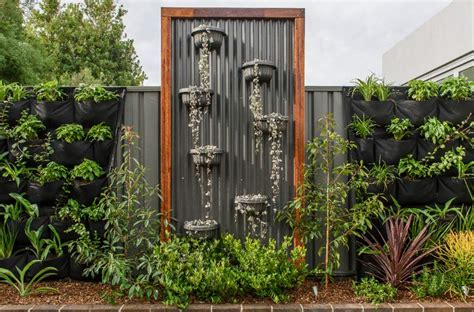 garden feature wall our maranello wall planters the hipsters of wall gardens