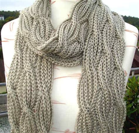 free reversible scarf knitting patterns b0adicea s reversible cabled brioche stitch scarf free