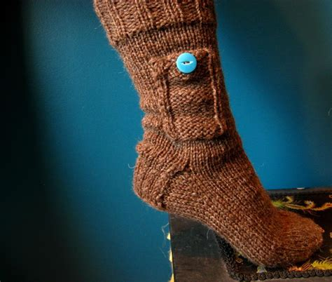 how to knit a pocket pocket socks by kraftling craftsy