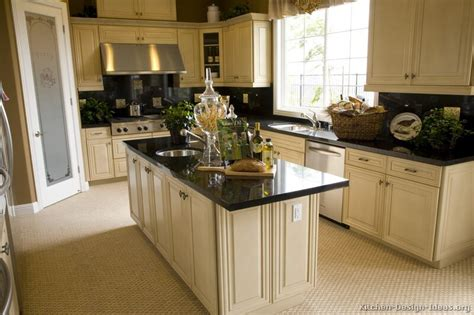 kitchen cabinets countertops kimboleeey white kitchen cabinets with granite