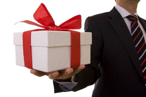 for to give as gifts corporate gift giving etiquette mpi ottawa chapter