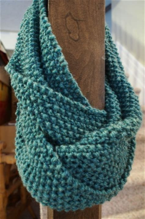 how to knit seed stitch scarf the seed stitch infinity scarf is complete quilts by jen