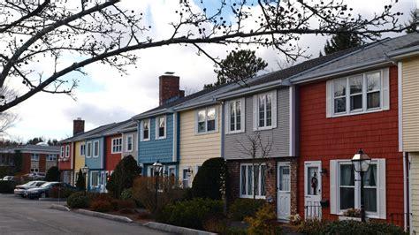 best exterior house paint colors for resale how to choose the best exterior home color for resale