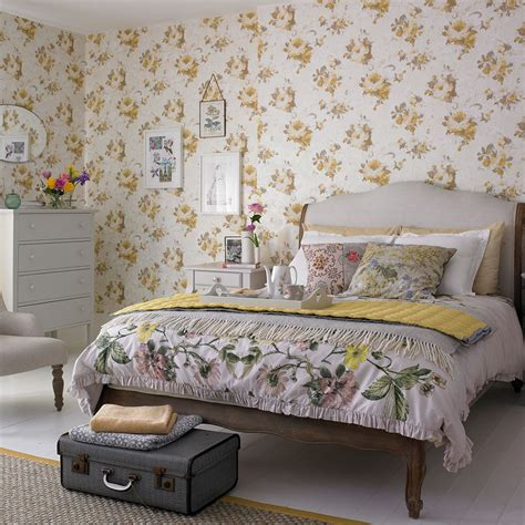 cottage style bedrooms cottage bedroom ideas to give your home country style