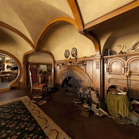 hobbit home interior 25 best ideas about hobbit house interior on