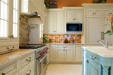 painting wood kitchen cabinets ideas painting wood kitchen cabinets white