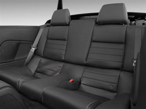 Ford Mustang Seats by Image 2011 Ford Mustang 2 Door Convertible Premium Rear