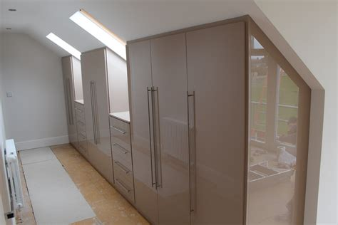 designer fitted bedrooms high gloss wardrobes contemporary wardrobes gloss