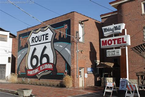 In Pontiac Illinois by Historic Route 66 In Pontiac Illinois Mid Century Every Day