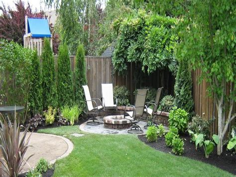 small backyard garden design best 25 small backyard landscaping ideas on