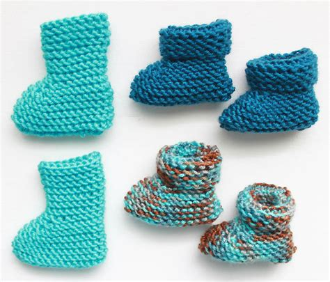 easy baby knitting patterns easy newborn baby booties knitting pattern michele