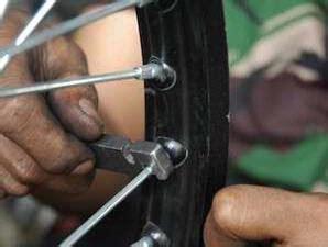 Modifikasi Vespa Velg Ruji by Harga Motor Bekas Memperbaiki Velg Motor