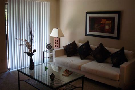 decorating ideas for apartment living rooms apartment living room decor ideas onyoustore