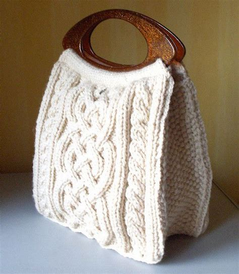 knit bag pattern 17 best ideas about knitted bags on knit bag