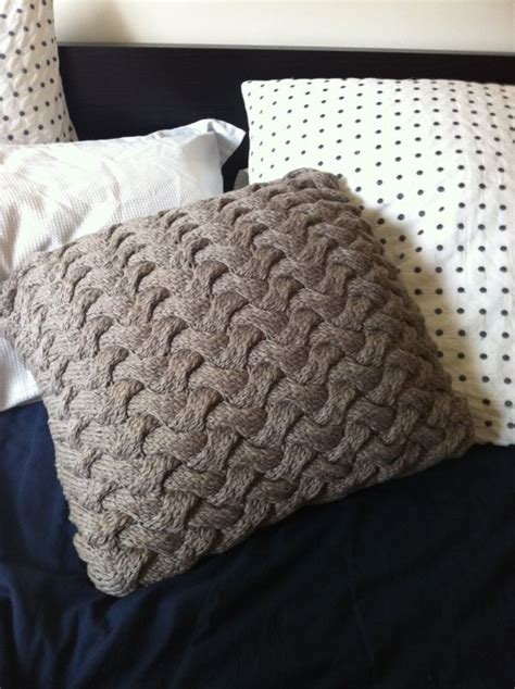 how to knit a pillow for beginners chunky knit braid pillow free knit